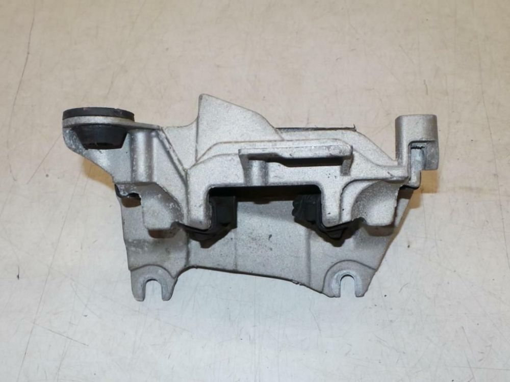 Renault Megane III 1.4 tCE Gearbox / Transmission Mounting
